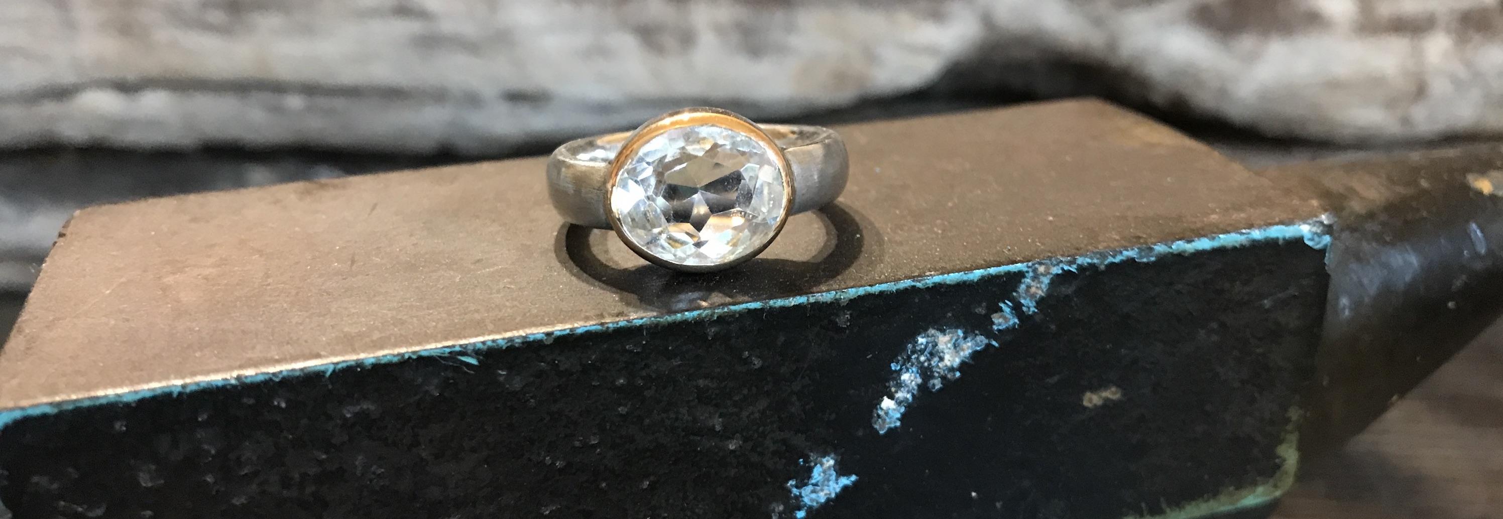 Bergkristall in 750er Gold